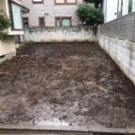 中野区邸宅中庭の庭石、樹木伐採、伐根作業